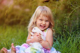 صوره اجمل ابتسامة طفلة في العالم , صور لضحكة طفل