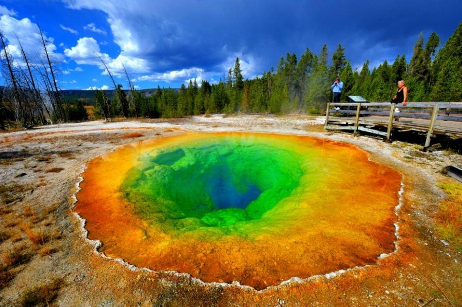 صوره اغرب بحيرة في العالم , صور لبحيرات غريبة حول العالم