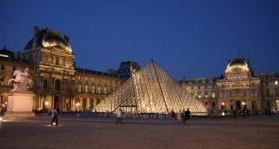 متحف اللوفر الفرنسي , صور الابداع الفني المذهل
