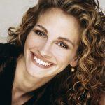 صاحبة اجمل ابتسامه , بسمة جوليا روبرتس تفوز بالاجماع