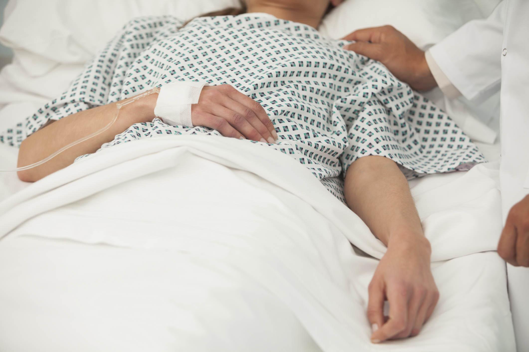 بالصور صور بنات في المشفى , بالصور فتيات داخل المستشفيات 9946 6