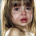 صورة طفلة تبكي , صور حزن والم