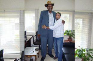 صوره اطول رجل سعودي , مش هتصدق اللي هتشوفه