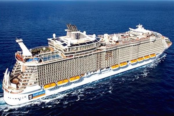 صور اكبر سفينة ركاب في العالم , شاهد واعرف سر اختفائها