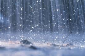 صوره ياطفلة تحت المطر , عملينى كيف اكون قويا
