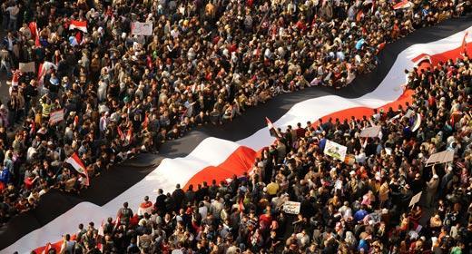 بالصور صور ثورة 25 يناير , من اجل الكرامة والتغيير 11203 3