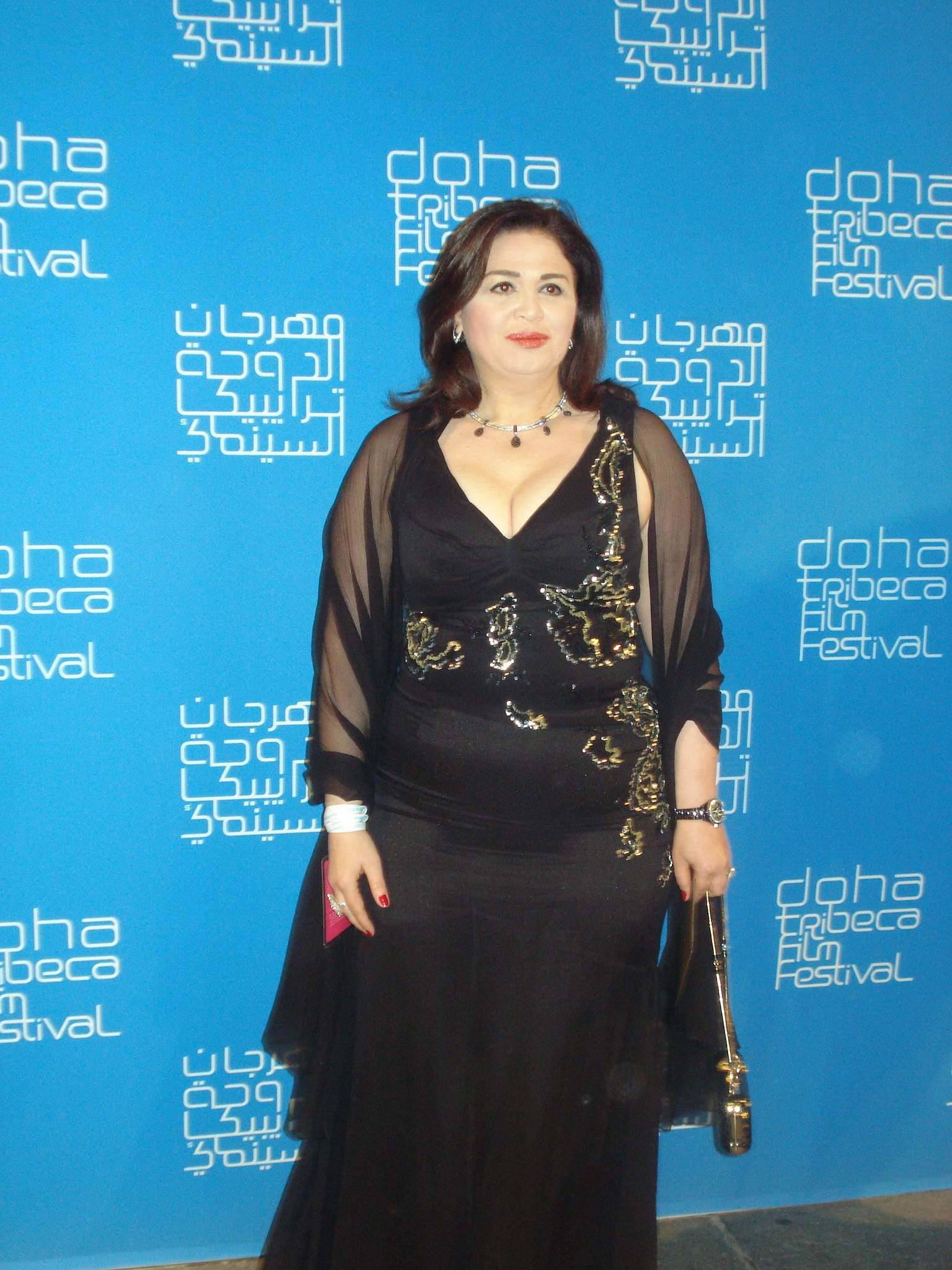 صورة صور الهام شاهين , الفنانة والممثلة الجميلة