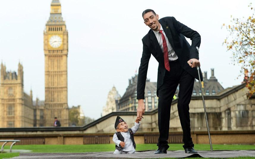 بالصور اصغر رجل في العالم , اغرب صور لاصغر رجل 11350 2