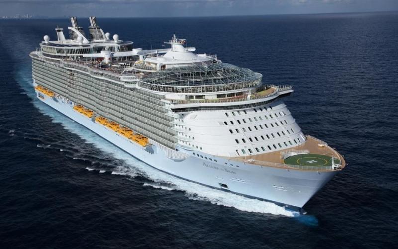 صور اكبر سفينه في العالم , سفينة ضخمة وهمية