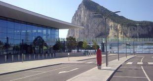 صورة مطار جبل طارق , احدث صور لاكبر مطار في عالم