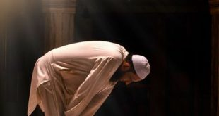 صورة ان الصلاة كانت على المؤمنين كتابا موقوتا , صور المصلين بالمسجد