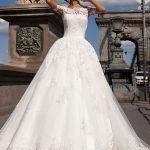 فين احصل من يشتري فساتين فرح زواج فساتين العروس , عايزة اماكن اشترى بها فساتين للزفاف