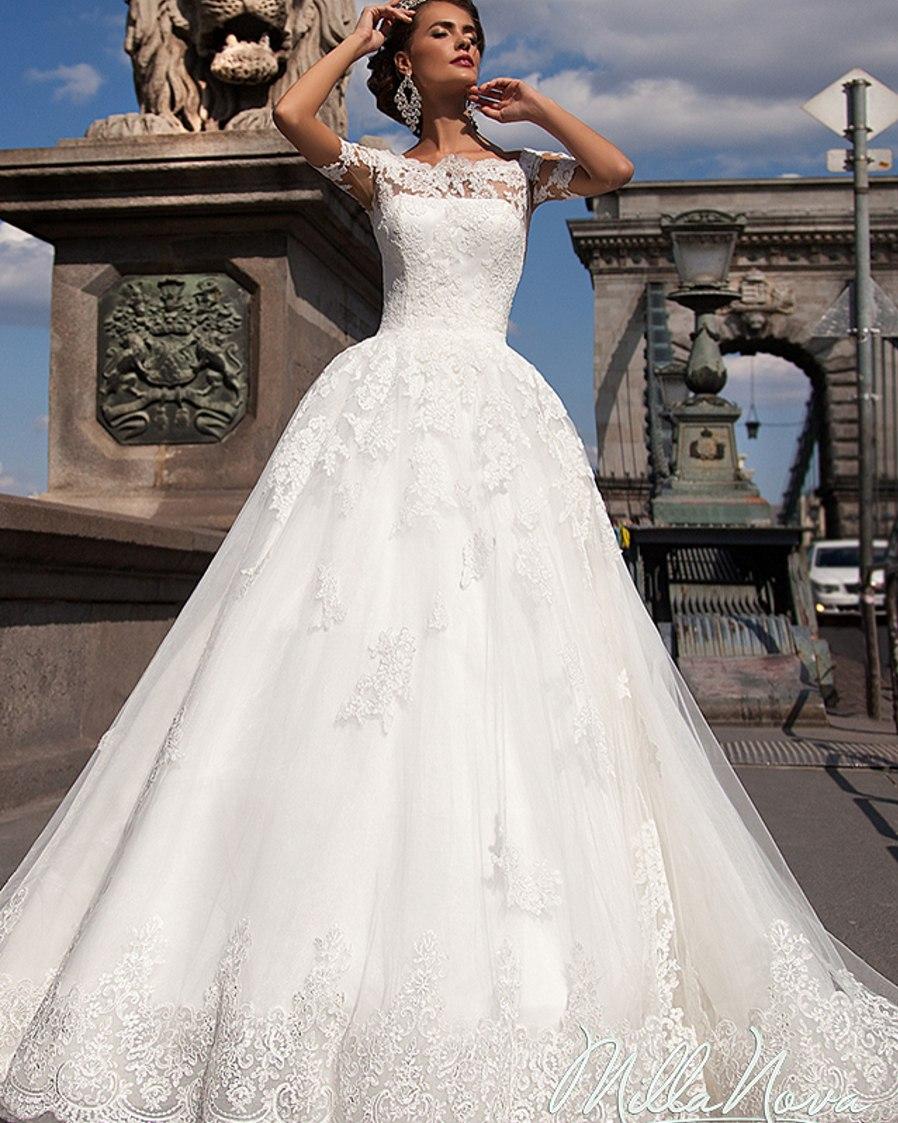 بالصور فساتين العروس انواع عجيبة وجميلة لملابس العرائس 10606 10
