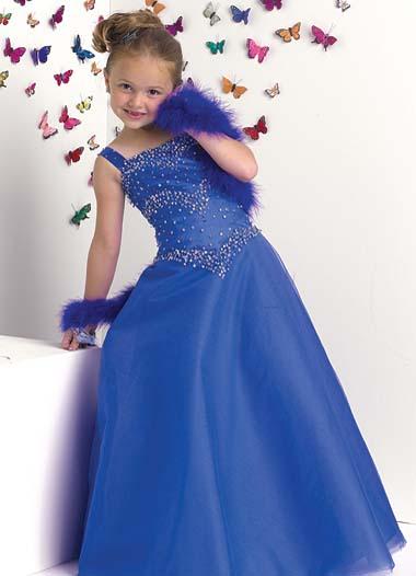 صوره صور جديدة بنات , فتيات واطفال بفساتين راقية