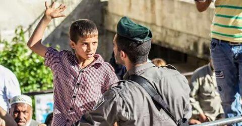 بالصور صور لاطفال فلسطين , صرخات الم وصمود 14516 1