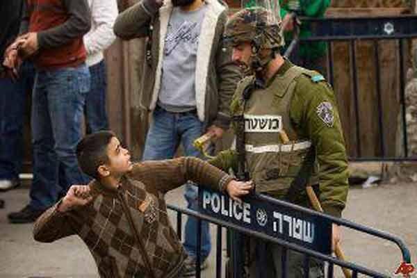 بالصور صور لاطفال فلسطين , صرخات الم وصمود 14516 3