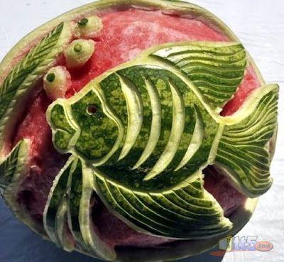 بالصور النحت على البطيخ , اشكال رائعة خرافية من فن النحت 10667 5