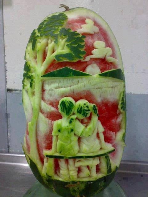 بالصور النحت على البطيخ , اشكال رائعة خرافية من فن النحت 10667 7