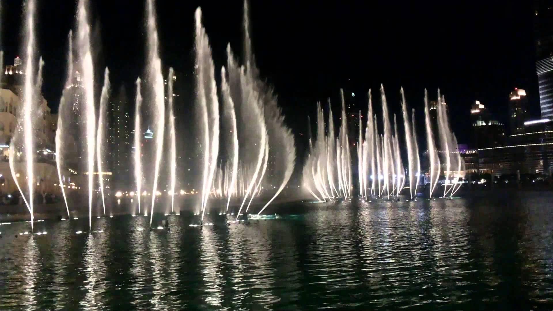 بالصور النافورة الراقصة في دبي , اجمل مناظر وحركات النافورة 10681 5