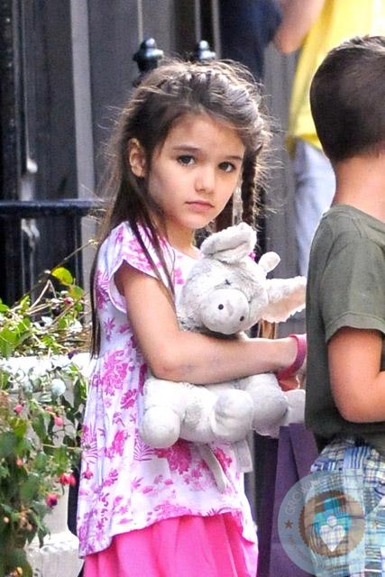 بالصور ابنة توم كروز , سوري كروز باطلالة جديدة 10690 6