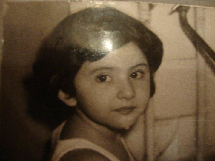 صورة صور جيني اسبر , صورها من الطفولة الي عاما هذا