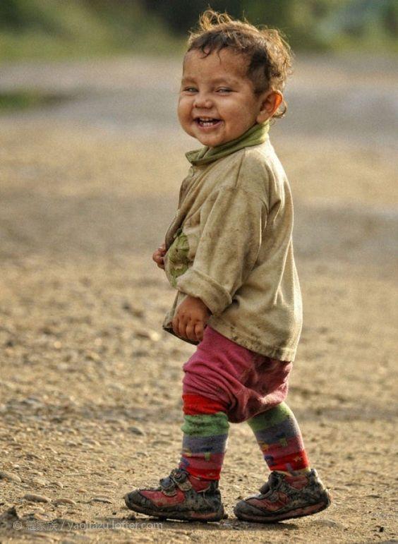 بالصور صور اجمل ابتسامه , ضحكة الاطفال البريئة 10713 3