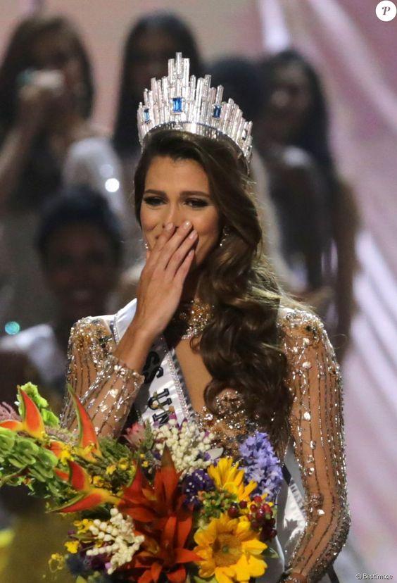 صور ملكة جمال الكون , الطبيبة تفوز مسابقة الجمال