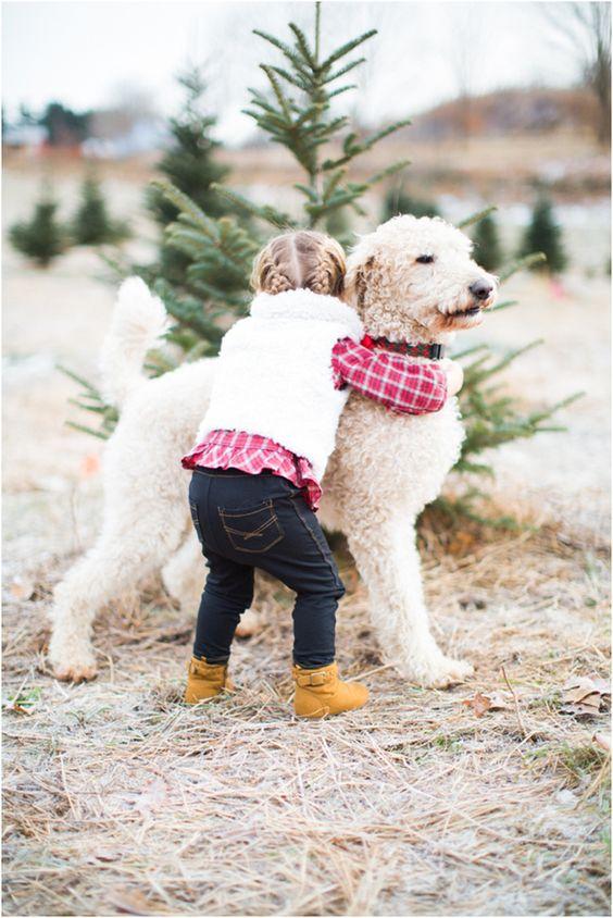 بالصور صور بدون تعليق , اطفال يعشقون الكلاب 10784 1