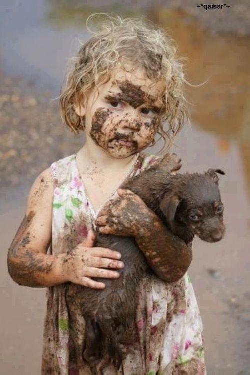 بالصور صور بدون تعليق , اطفال يعشقون الكلاب 10784