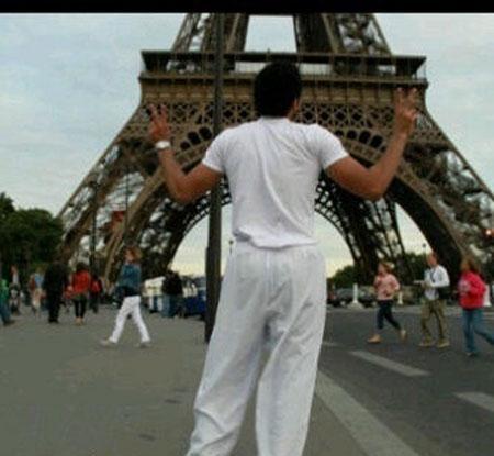 بالصور ابو سروال وفنيله , صور شباب يمزحون في شوارع عامة 11232 9