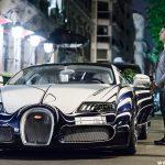 سيارة ثري سعودي تجذب السياح في باريس , لقاء الثراء وانبهار التقدم