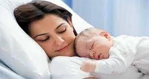 صوره طريقة تنويم الطفل , الرعاية الكاملة للطفل قبل النوم