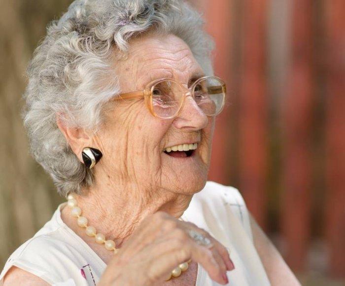 بالصور اجمل عجوز في العالم , عجوز جميلة رائعة 15017 4