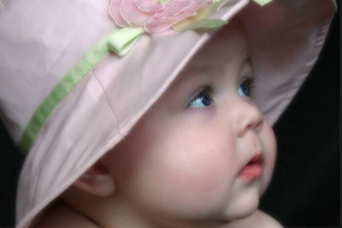 بالصور صور اطفال مضحكين , النظرة للطفل كالحياة 15110 5