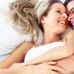 الحياة الزوجية بالصور , اروع المواقف الزوجية الرومانسية احم احم