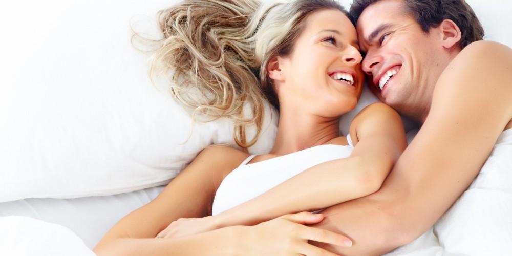 صوره الحياة الزوجية بالصور , اروع المواقف الزوجية الرومانسية احم احم